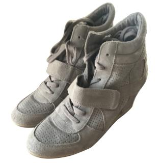 Ash Trainer Wedges