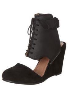 Minimarket Wedge Shoes