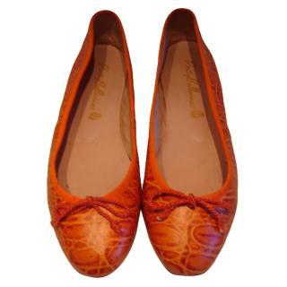 Pretty Ballerinas orange ballet pumps