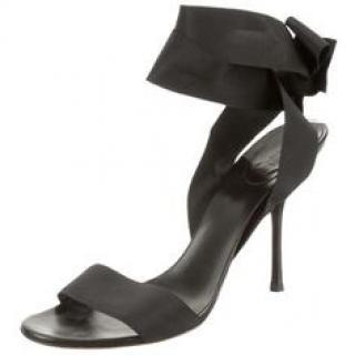 Gucci Vintage Grosgrain Ribbon Ankle Wrap Heels