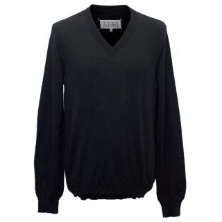 Maison Martin Margiela Men's Wool Blend V-neck Jumper