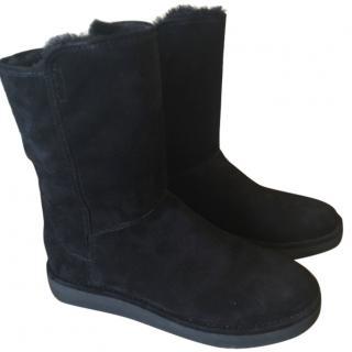 Ugg Australia Black Suede Boots