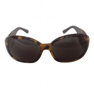 Chanel Tortoise Shell Sunglasses with Chanel Flower