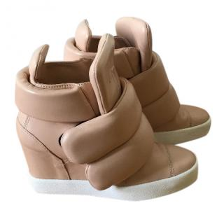 Guiseppe Zanotti Nude sneakers with heel