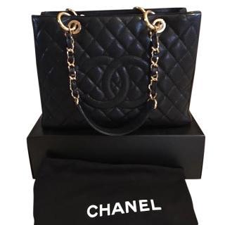 Chanel Classic Shopping bag