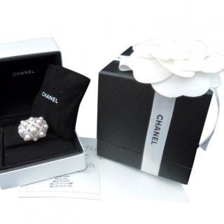 Chanel Baroque Matelasse Pearl Diamond Ring 18K White Gold sz 52