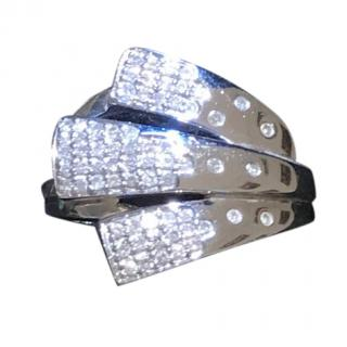 18 k gold & diamonds ring