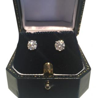 Fine Diamond Stud Earrings In Platinum, 1,3 Carat Total with valuation