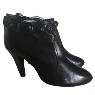 Burberry ankle boots 36 black leather