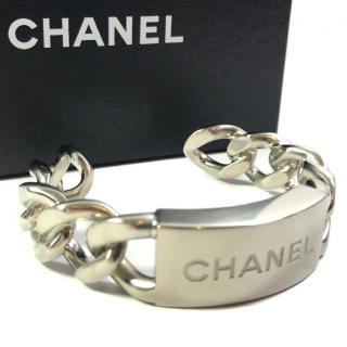 CHANEL Silver tone metal cuff/bracelet