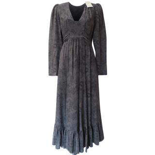 Anonymous by Ross & Bute grey long silk dress