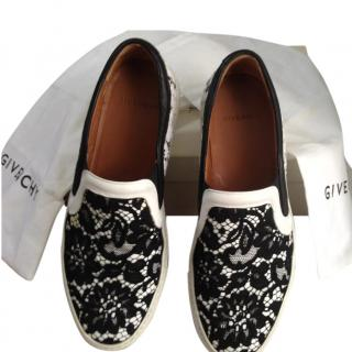 Givenchy ladies lace slip ons