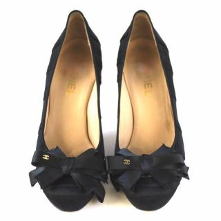 Chanel Black Satin Ribbon Bow Leather Pumps