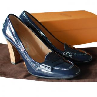 Tod's navy patent Pumps
