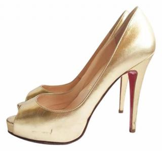 Christian Louboutin Gold Leather Very Prive Peep Toe Heels