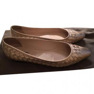 Bottega Veneta Rose Gold Ballerinas - size 38 Intrecciato Grosgrain