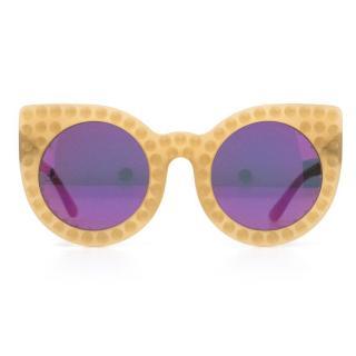 Delune Womens Beige Studded Sunglasses