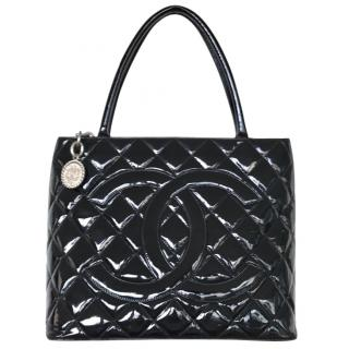 Chanel medallion Tote in patent leather