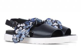 Mother Of Pearl Sandals Print Black Floral Bow