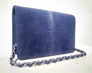Blue classic stingray flapbag