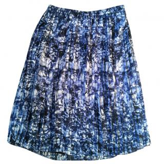 Michael Michael Kors blue & white abstract print pleated skirt