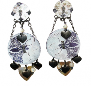 Reminiscence earrings with mother of pearl