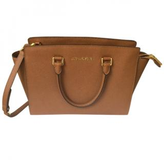 Michael Kors Medium Selma Tote in Luggage Tan