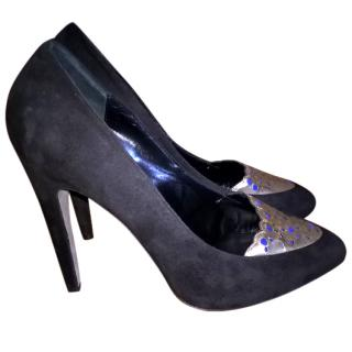 Aperlai Suede Black & Metallic Pumps