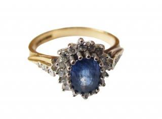 18ct gold, sapphire & diamond ring