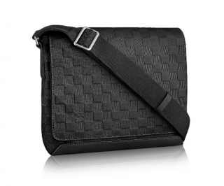 Louis Vuitton District N41033 Pm damier infinity leather