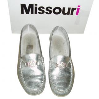 Missouri girls silver loafers with diamante logo, size 38