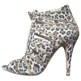 Bionda Castana Leopard Print Heels