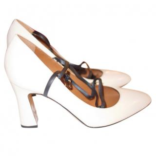 Valentino Beige pumps with strap