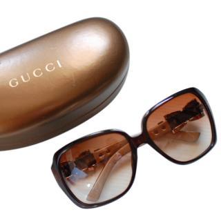 Gucci Elegant Sunglasses