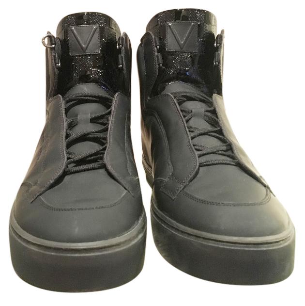 dbecebe5576 Louis Vuitton Speaker Sneakers
