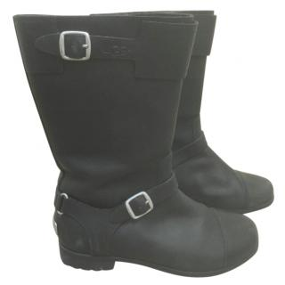 Ugg Black Leather Boots with Sheepskin Interior