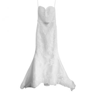 Pronovias Savilla Wedding Gown