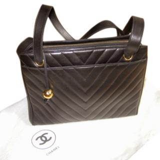 CHANEL Black Chevron Quilted caviar Leather bag