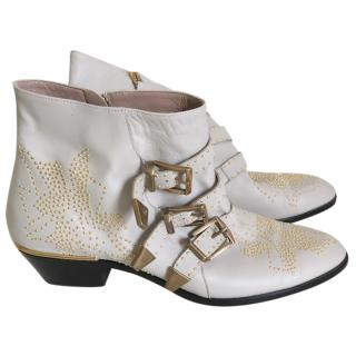 Chloe Light Grey Susannah Boot
