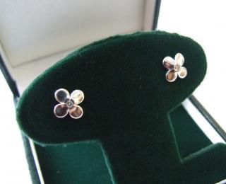 Diamond & White Gold Flower Stud Earrings