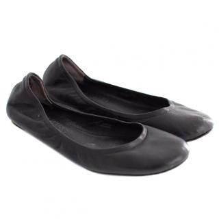 Vera Wang Black Ballet Flats