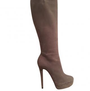 Christian Louboutin Mushroom suede bianca boots