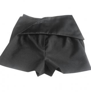 Balancing high waisted shorts