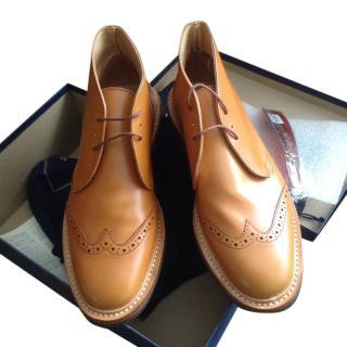 Tricker's Mens Brogue Boot in Acorn, size 9 1/2, BNWB