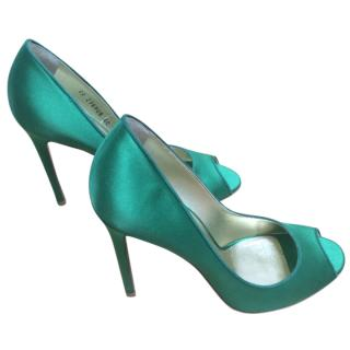 Yves Saint Laurent Green satin peep toe pumps
