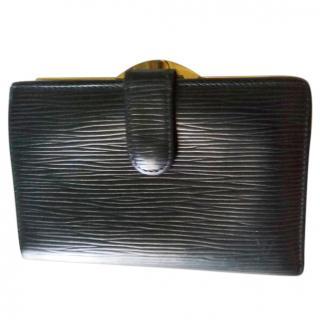 Louis Vuitton epi viennois wallet