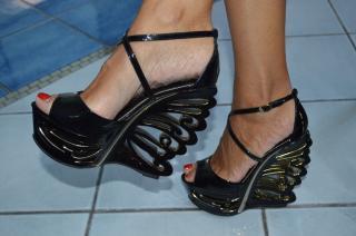 Le Silla Black Sandals