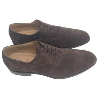 Hugo Boss brown suede brogues
