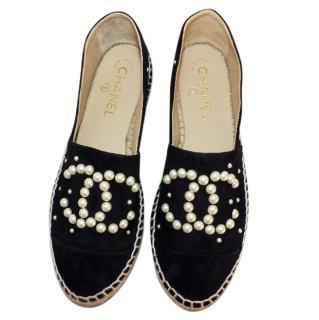Chanel black suede pearl cc espadrilles