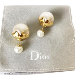 Christian Dior Tribale Pearl earrings